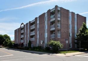Vivre en résidence, Résidence Lachine, résidences pour personnes âgées, résidences pour retraité, résidence