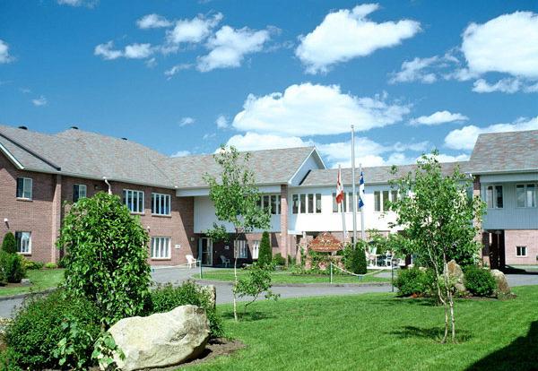 Vivre en résidence, Manoir St-Jérôme, résidences pour personnes âgées, résidences pour retraité, résidence