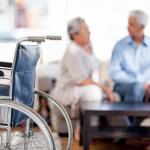 Les normes de surveillance dans les résidences pour aînés se desserrent