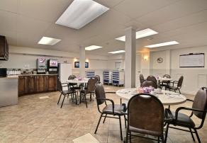 Vivre en résidence, Manoir Saint-Louis, résidences pour personnes âgées, résidences pour retraité, résidence