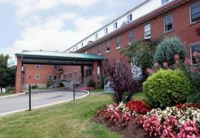 Vivre en résidence, Manoir Pointe-aux-Trembles, résidences pour personnes âgées, résidences pour retraité, résidence