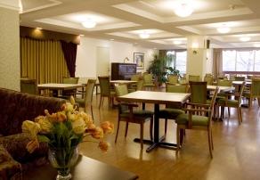 Vivre en résidence, Manoir Kirkland, résidences pour personnes âgées, résidences pour retraité, résidence