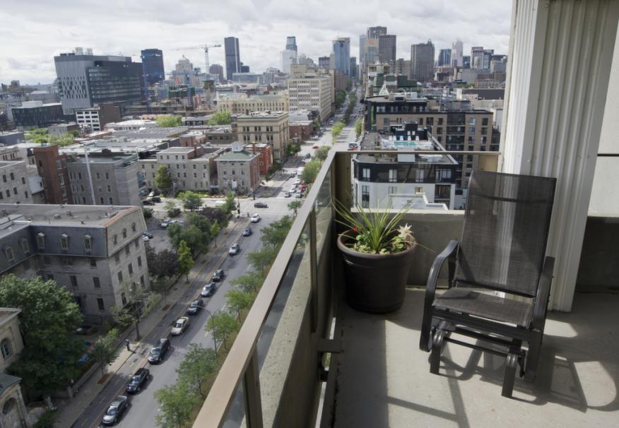 Balcon et vue sur Montréal