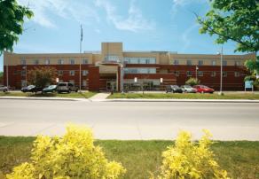 Vivre en résidence, Centre d'hébergement Champlain Jean-Louis Lapierre, résidences pour personnes âgées, résidences pour retraité, résidence