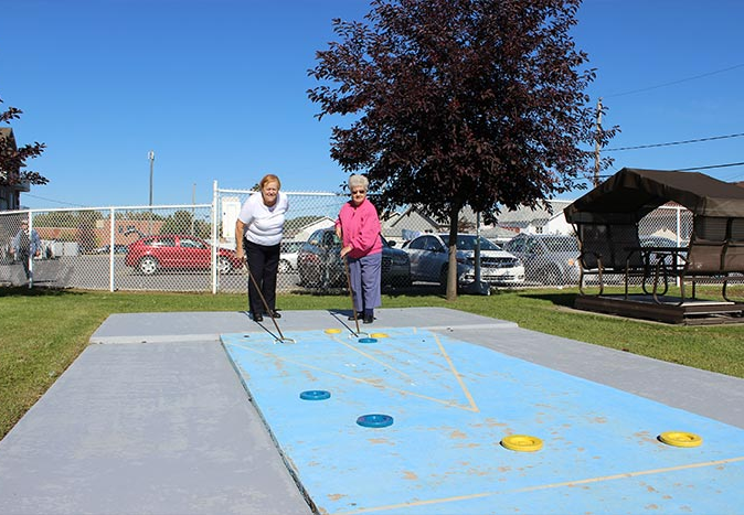 Terrain de shuffleboard