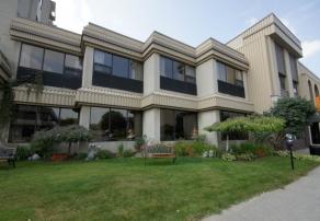 Vivre en résidence, Le Riverain (résidence), résidences pour personnes âgées, résidences pour retraité, résidence